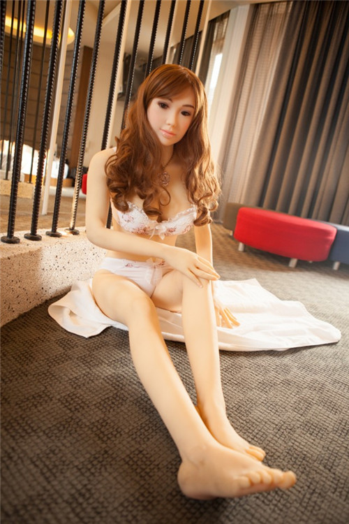 japanese-sex-doll-158cm-Abigale-01